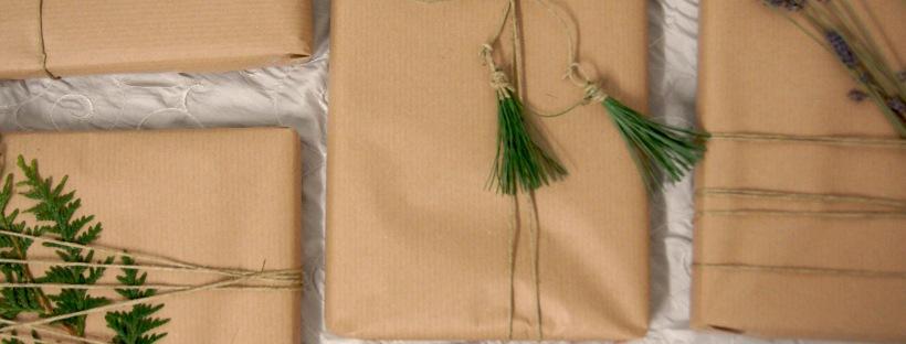 DIY Geschenkverpackung mit Gehölzen aufpeppen